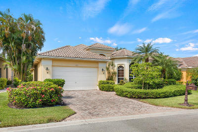Delray Beach Single Family Home For Sale: 7839 L Aquila Way