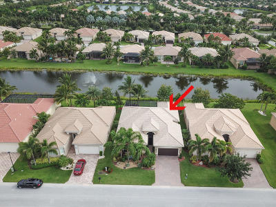 Boynton Beach Single Family Home For Sale: 9827 Halston Manor