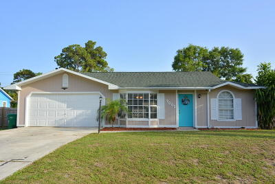 Fort Pierce Single Family Home For Sale: 7005 North Boulevard