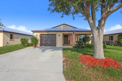 Fort Pierce Single Family Home For Sale: 6477 Alemendra Street