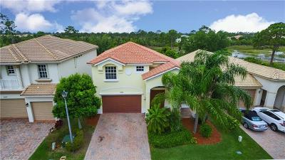 Martin County Single Family Home For Sale: 5040 SE Graham Drive Drive