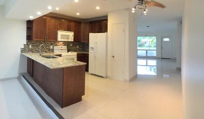 Fort Lauderdale Multi Family Home For Sale: 1669 NE 55 Street #1-2
