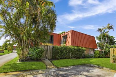 Palm Beach Gardens Townhouse For Sale: 3213 Meridian Way #C