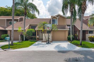 Boca Raton Townhouse For Sale: 22462 Thousand Pines Lane