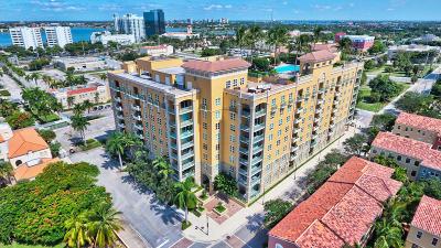 West Palm Beach Condo For Sale: 403 S Sapodilla Avenue #216