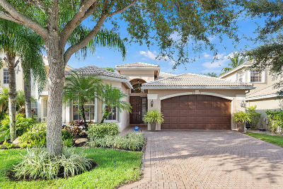 Boynton Beach Single Family Home For Sale: 8612 Breezy Oak Way