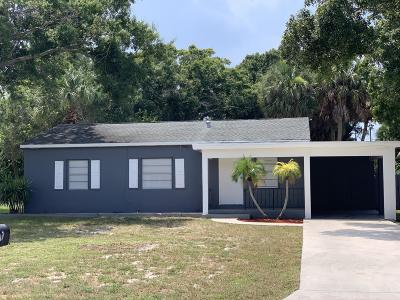 Fort Pierce Single Family Home For Sale: 1111 Beach Court