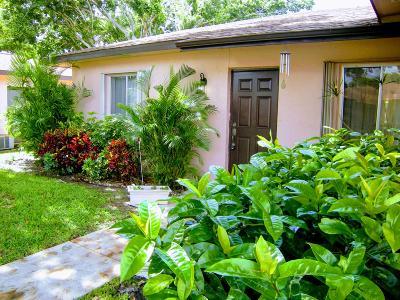 Delray Beach Single Family Home For Sale: 14616 Bonaire Boulevard