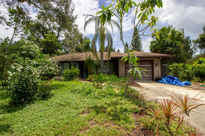 Fort Pierce Single Family Home For Sale: 5812 Hickory Drive