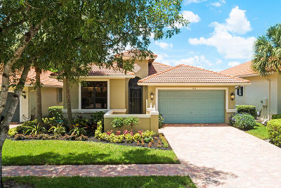 Boynton Beach Single Family Home For Sale: 6836 Adriano Drive