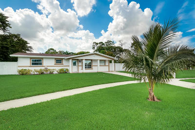 West Palm Beach Single Family Home For Sale: 2553 Rosehaven Road