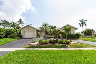 Boca Raton Single Family Home For Sale: 951 Holly Lane