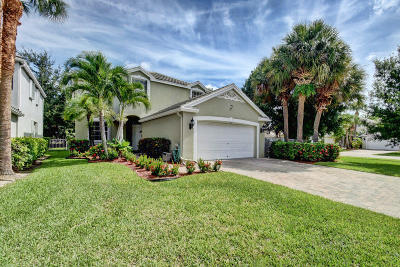 Royal Palm Beach Single Family Home For Sale: 101 Newberry Lane
