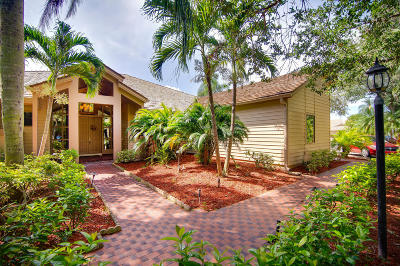 Palm Beach Gardens Single Family Home For Sale: 22 Glencairn Road