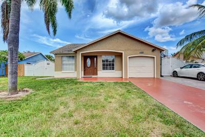 West Palm Beach Single Family Home For Sale: 1450 McDermott Lane