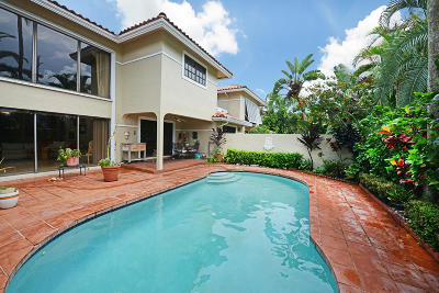 Deerfield Beach Single Family Home For Sale: 799 Villa Portofino Circle #799
