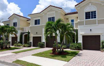 Martin County Townhouse Contingent: 6265 SE Fauna Terrace #804