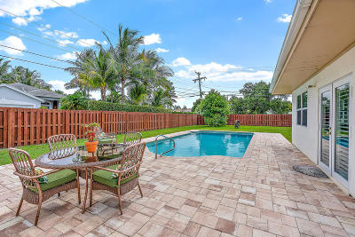 Palm Beach Gardens Single Family Home For Sale: 2482 Hope Lane E