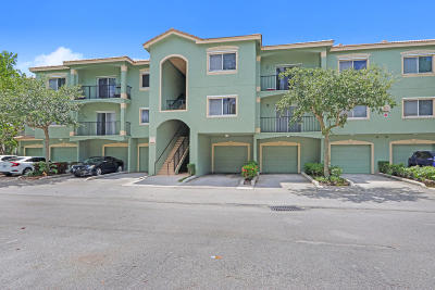 Royal Palm Beach Condo For Sale: 360 Crestwood Circle #204