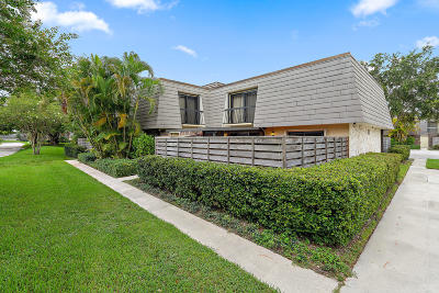 Palm Beach Gardens Townhouse Contingent: 501 5th Terrace