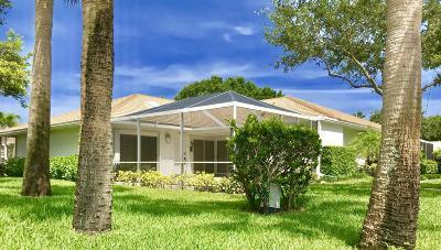 Palm Beach Gardens Townhouse For Sale: 6401 Geminata Oak Court