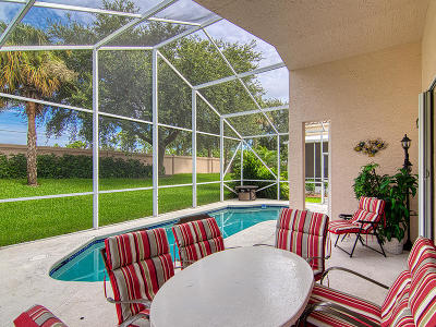 Port Saint Lucie Single Family Home For Sale: 625 NW Whitfield Way