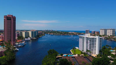 Boca Raton Condo For Sale: 701 E Camino Real #12g