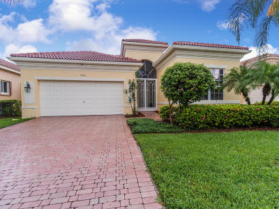 Delray Beach Single Family Home For Sale: 7208 Demedici Circle