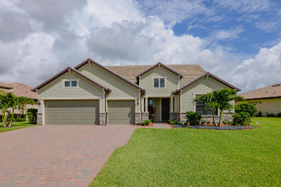 Port Saint Lucie Single Family Home For Sale: 326 SE Huntington Circle
