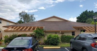 Palm Beach County Condo For Sale: 5860 Areca Palm Court #B