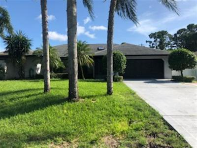 Port Saint Lucie Single Family Home For Sale: 882 SW Worcester Lane