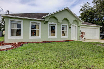 Port Saint Lucie Single Family Home For Sale: 489 SW Todd Avenue