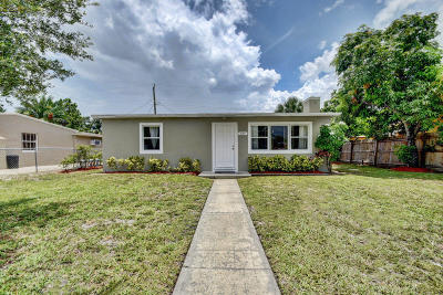 West Palm Beach Single Family Home For Sale: 724 Aspen Road