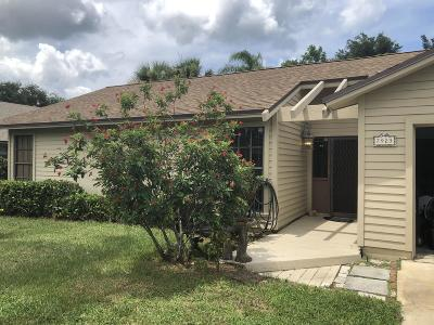 Hobe Sound Single Family Home For Sale: 7923 SE Lexington Avenue