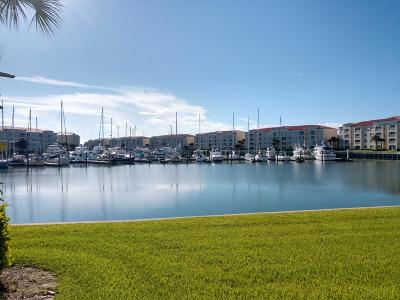 Fort Pierce Condo For Sale: 11 Harbour Isle Drive W #104
