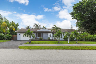 Lake Worth Single Family Home For Sale: 7613 Seabreeze Drive