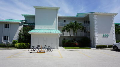 Fort Pierce Condo For Sale: 2400 S Ocean Drive #632