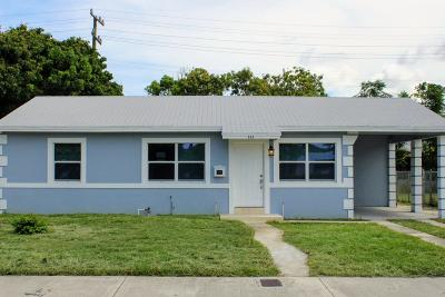 West Palm Beach Single Family Home For Sale: 930 45th Street