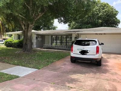 Port Saint Lucie Single Family Home For Sale: 462 NE Solida Circle