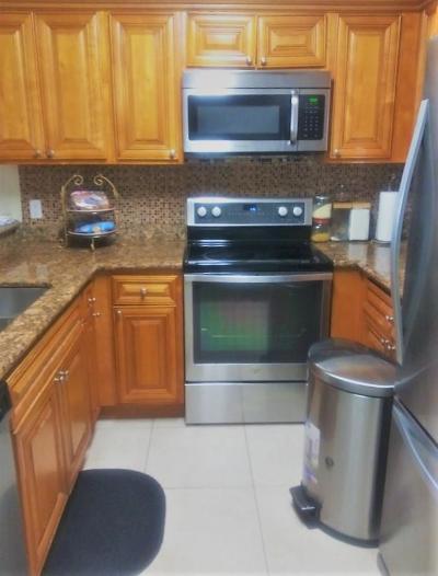 West Palm Beach Condo For Sale: 1541 Balfour Point Drive #C