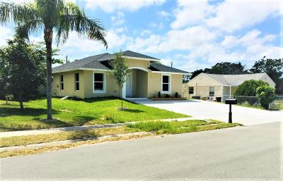 Lake Worth Single Family Home For Sale: 339 Jackson Av Avenue