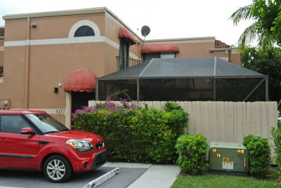 Lake Worth Townhouse For Sale: 6177 Seven Springs Boulevard