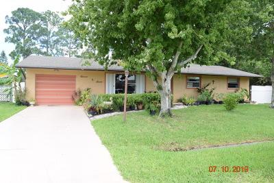 Port Saint Lucie Single Family Home For Sale: 1107 SW Dorchester Street