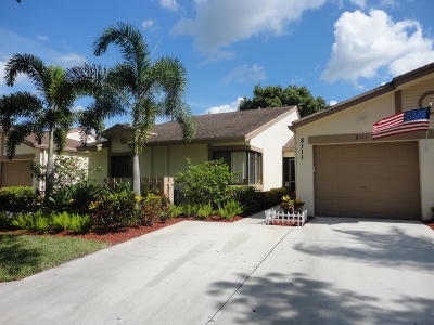 Boca Raton Single Family Home For Sale: 8111 Hiddenview Terrace #5