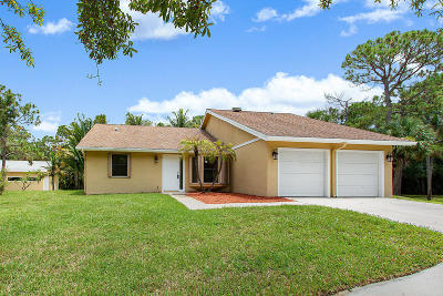 Jupiter Single Family Home For Sale: 9795 Whippoorwill Trail