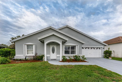 Single Family Home For Sale: 1132 Hatteras Circle