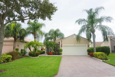 Port Saint Lucie Single Family Home For Sale: 104 NW Baycrest Court