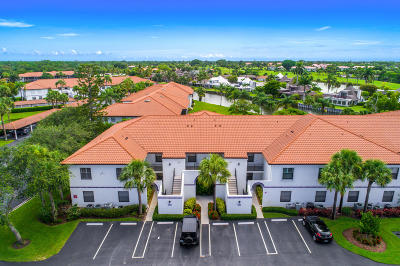 Martin County, St. Lucie County Condo For Sale: 6121 SE Landing Way #6-9