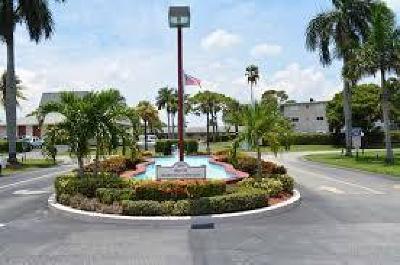 Lake Worth Condo For Sale: 2856 Garden Drive S #201
