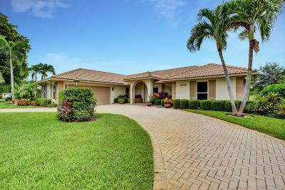 Boynton Beach Single Family Home For Sale: 11859 Lake Drive